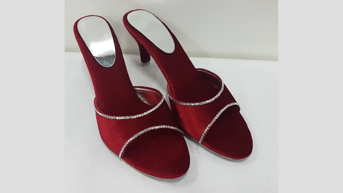 Stylish Ladies Footwear at Reasonable Prices