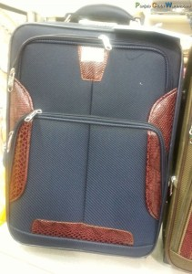 Suitcases-Punjab-cloth-warehouse-05
